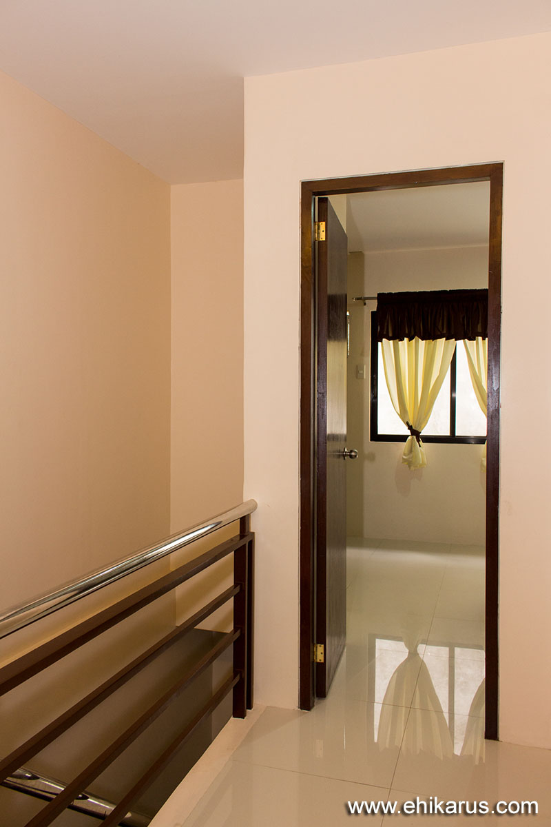2nd Bedroom Entrance
