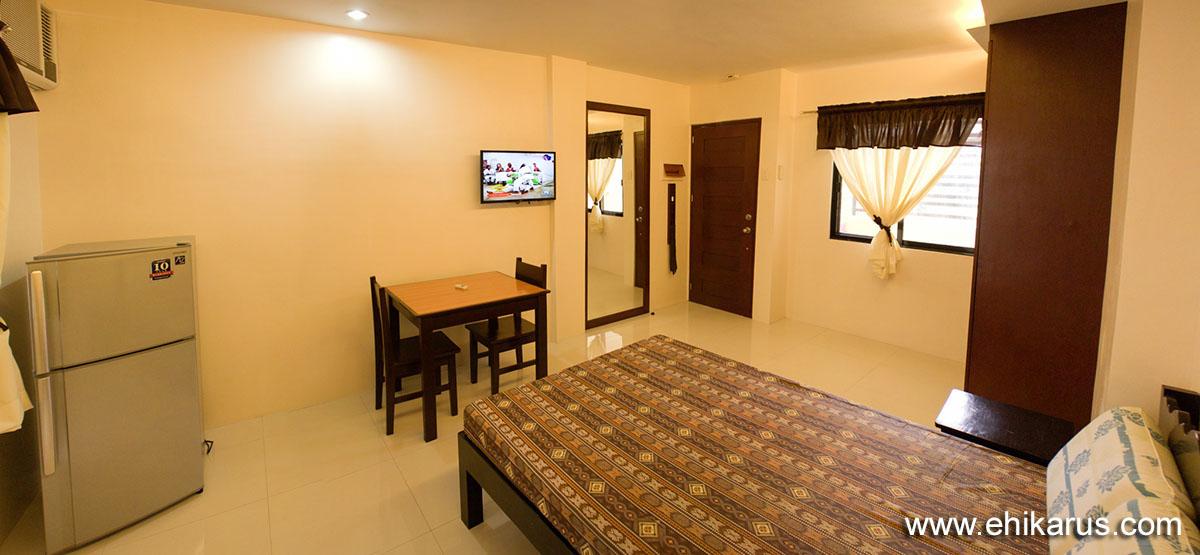 Bedroom - Dining Area